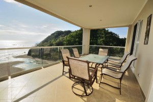 Breakwater Point Jaco Beachfront Condos